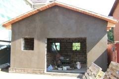 Оштукатуривание стен гаража