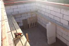 Монолитный пояс после бетонирования