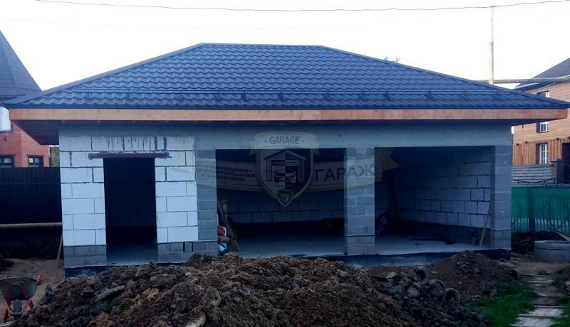 Фото строительства гаража на 2 машины, без отделки